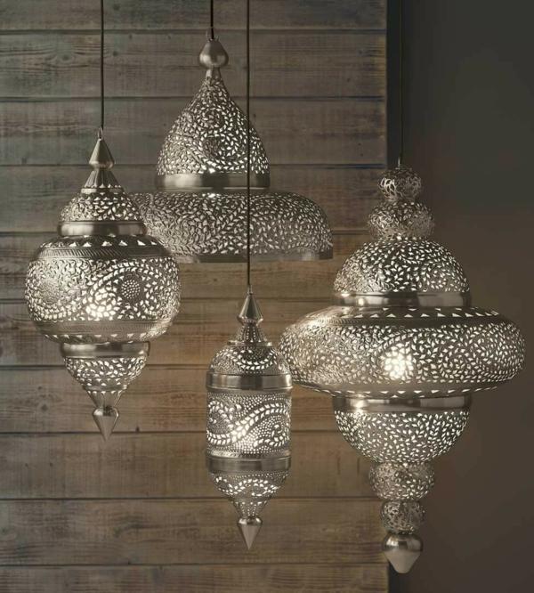 vier-wunderschöne-hängende-marokkanische-lampen