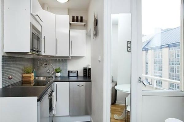 weiße-kleine-küche-einrichten-sehr-schön