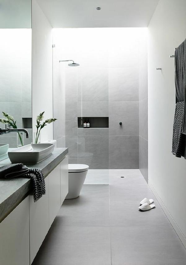 weißes-Badezimmer-super-tolle-Beispiele-für-moderne-und-praktische-Badezimmer