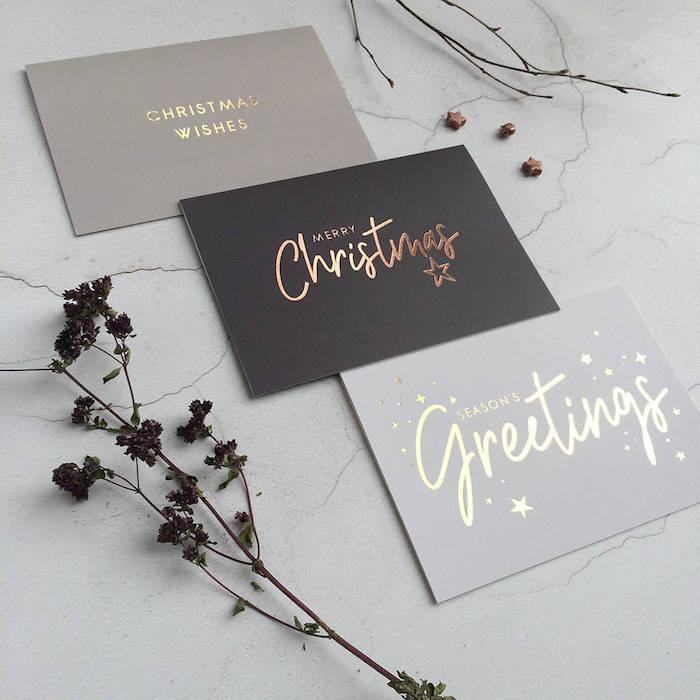 Simple Designs für Weihnachtskarten, goldene Aufschriften auf einfarbigem Grund