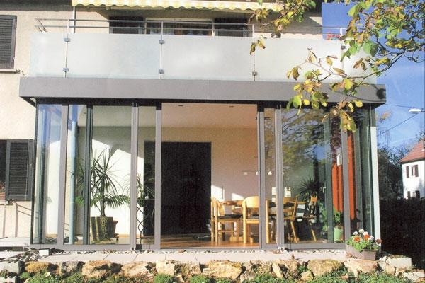 Gartenmobel Sitzkissen Wetterfest : moderner wintergarten mit gläsernen wänden