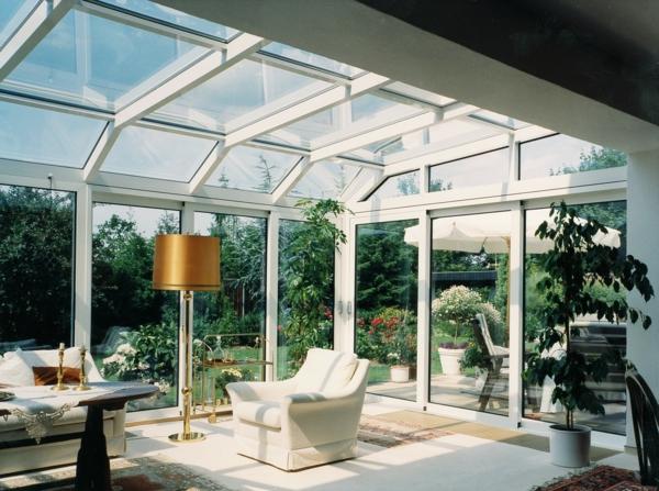 wintergarten-gestalten-wände-aus-glas-sehr-schön
