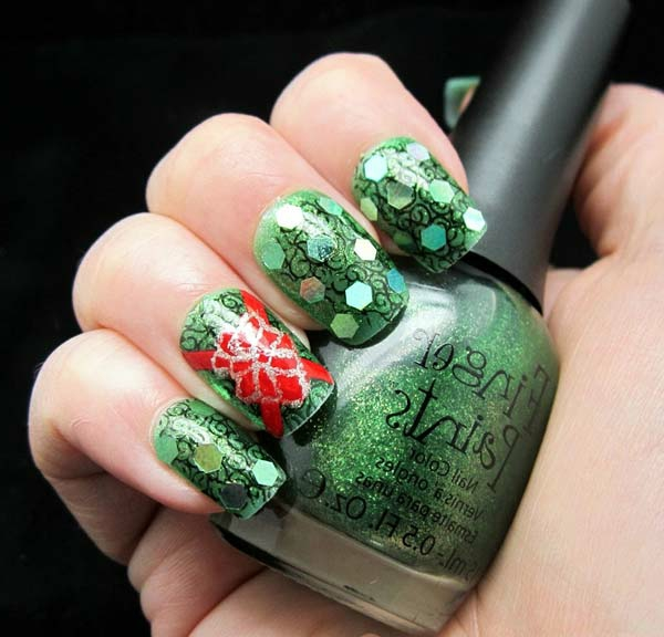 wunderbar-originell-verzierte-Nägel-Weihnachtsnägel-in-Grün