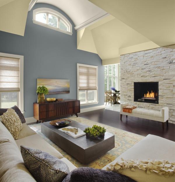 wunderbare-und-moderne--Eierschalenfarben-in-dem-Wohnzimmer-
