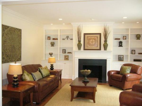 wunderbare-und-moderne--Eierschalenfarben-in-dem-Wohnzimmer