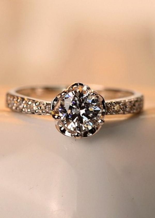 wunderbarer-Verlobungsring--Schmuck-Design