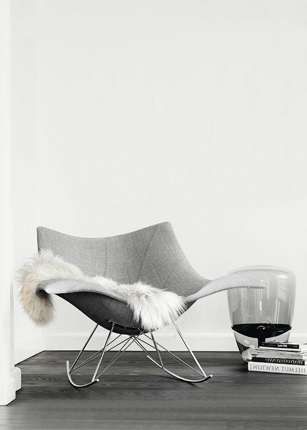 wunderschöner-Sessel-mit-coolem-Design-