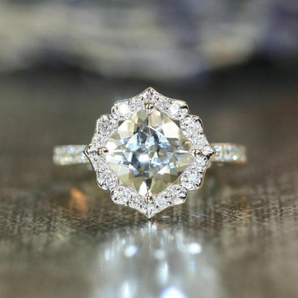 wunderschöner-Verlobungsring-Idee