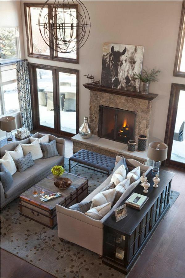zimmer-einrichtungsideen-gemütliches-wohnzimmer-mit-einer-feuerstelle