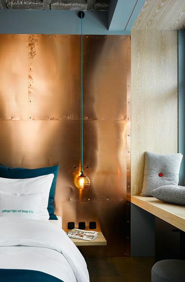zimmer-einrichtungsideen-interessante-akzentwand-im-schlafzimmer