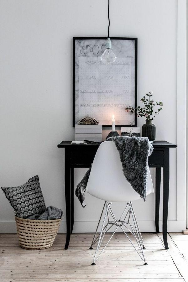 zimmer-einrichtungsideen-schöner-spiegel-im-schlafzimmer