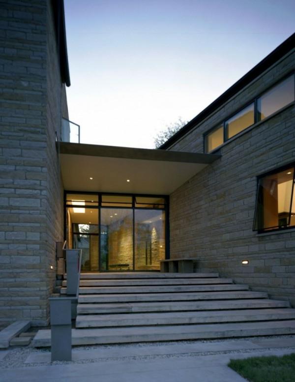 Überdachung-Eingang-Luxus-Design-Treppen