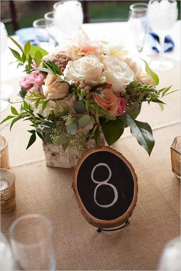 Blumendeko-Hochzeitsideen-für-eine-unvergessliche-Hochzeit-Tischdeko