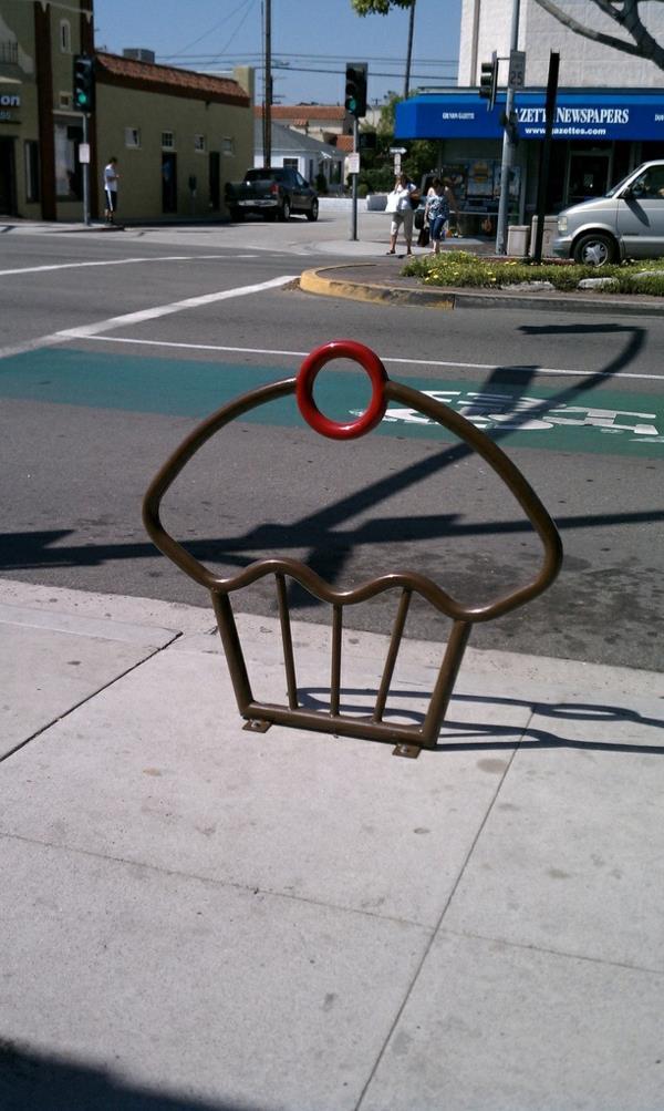 Cupcake-Fahrrad-Ständer-aus-Metall