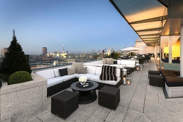 Dachterrasse-mit-fantastischer-Aussicht-