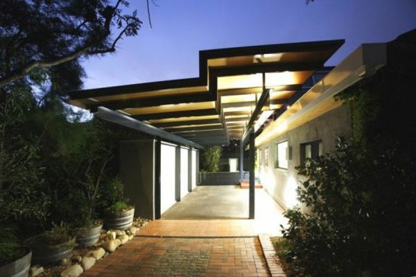 Eingangsüberdachung-mit-schöner-Beleuchtung-Exterior-Design-