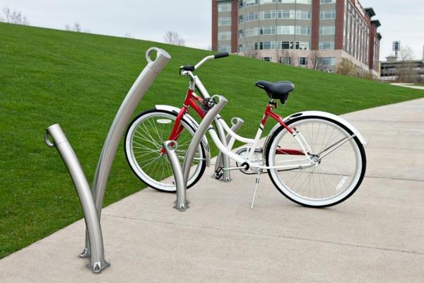 Fahrrad-Ständer-aus-Edelstahl-schönes-Design