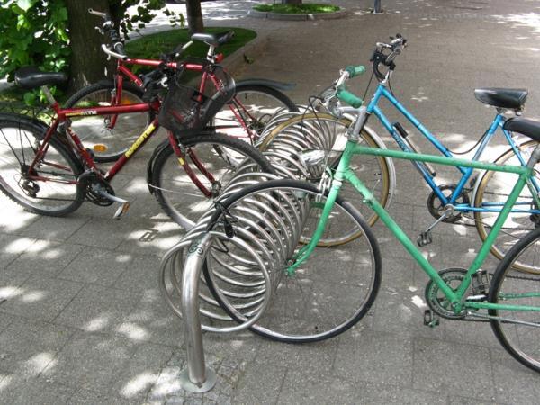 Fahrrad-Ständer-aus-Edelstahl