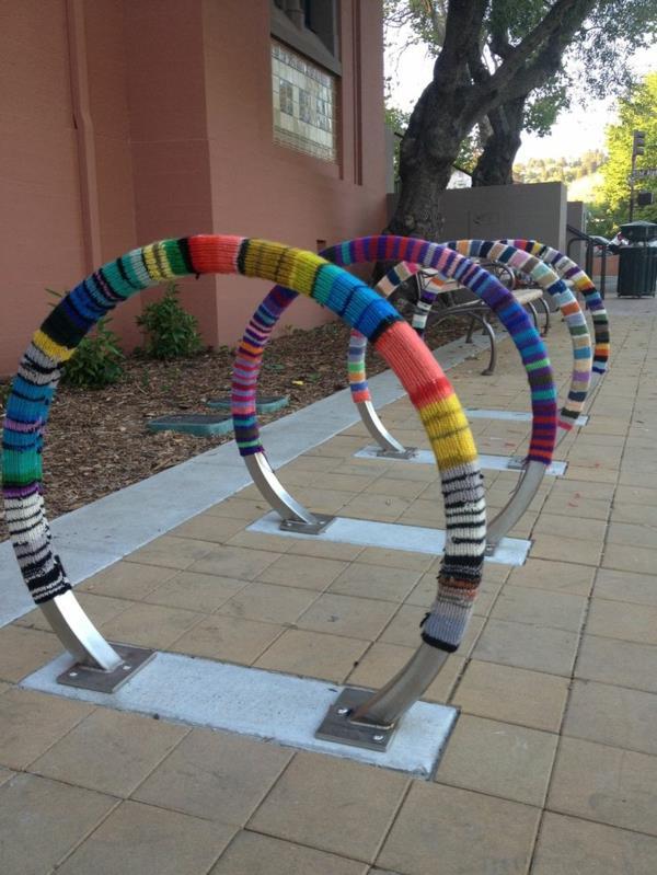 Fahrrad-ständer-mit-coolem-Design