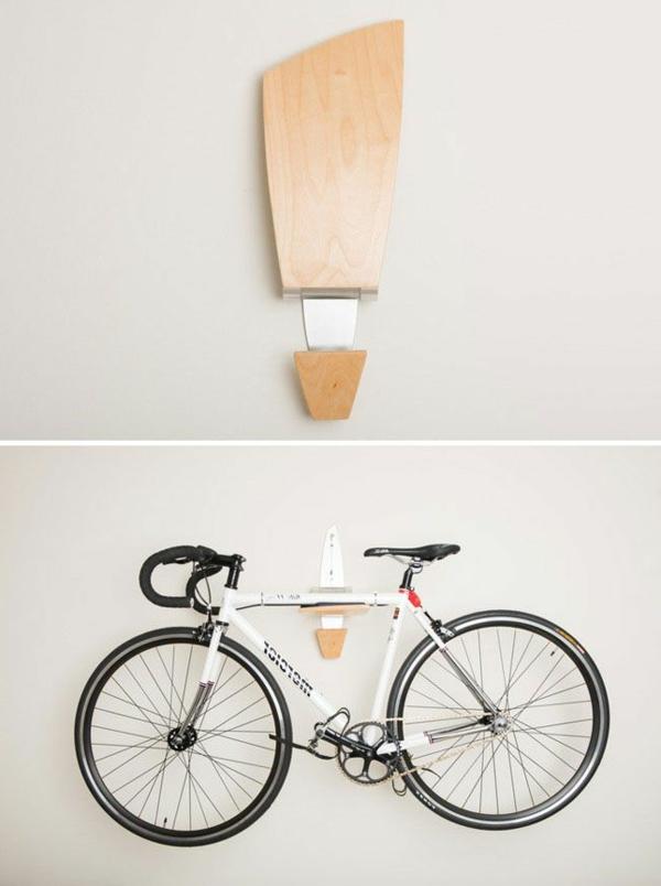 Fahrradhalter-mit-tollem-Design-aus-Holz