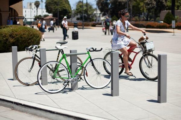 Fahrradständer-mit-schlichtem-Design