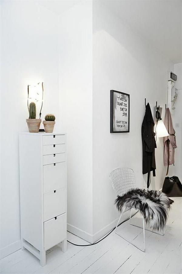 Flur-in-weißer-Farbe-Wohnidee-Flur-einrichten
