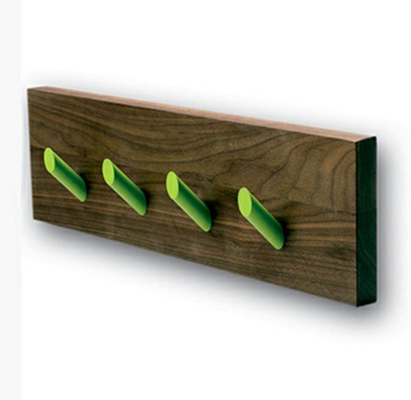 Garderobenhaken-Holz-tolle-grüne-Farbe