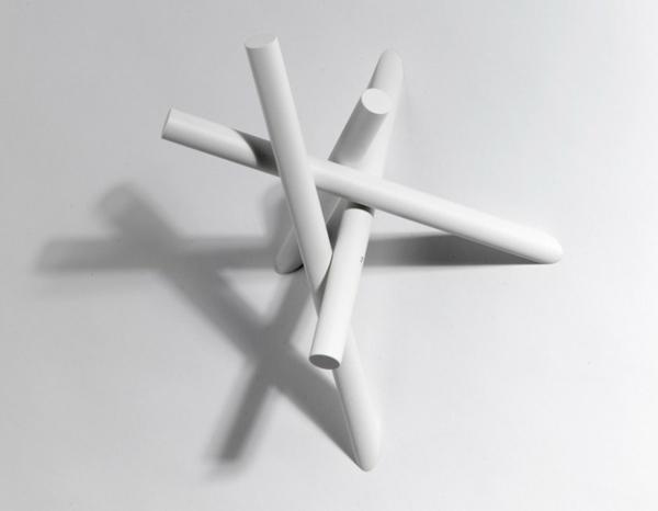 Kleiderhaken-mit-tollem-Design-in-weißer-Farbe
