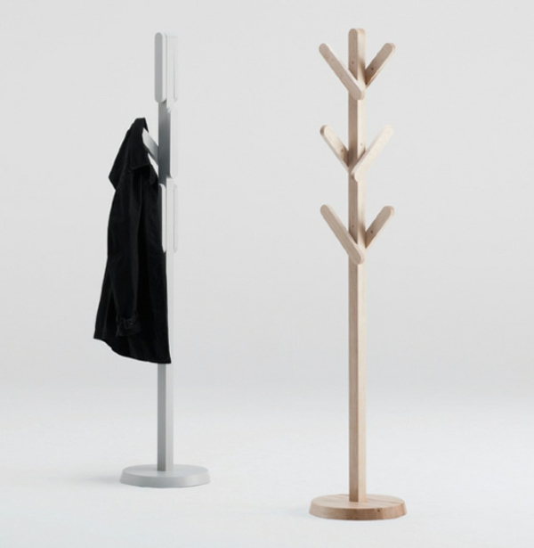 Garderobenständer-aus-Holz-mit-tollem-Design Kleiderständer aus Holz