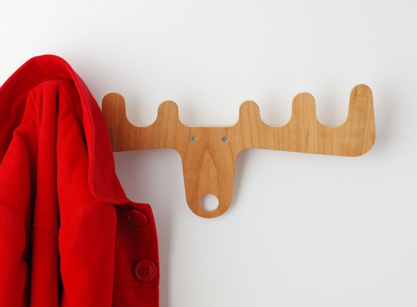 Hirschkopf-aus-Holz-Wandhaken