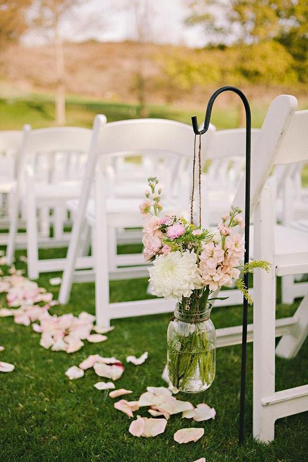 Hochzeitsdeko-günstig--Hochzeitsdeko-selber-machen-Blumendeko-für-Tisch-