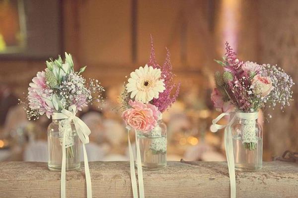 -Hochzeitsdeko-günstig-Hochzeitsdeko-selber-machen-Blumendeko-für-Tisch--