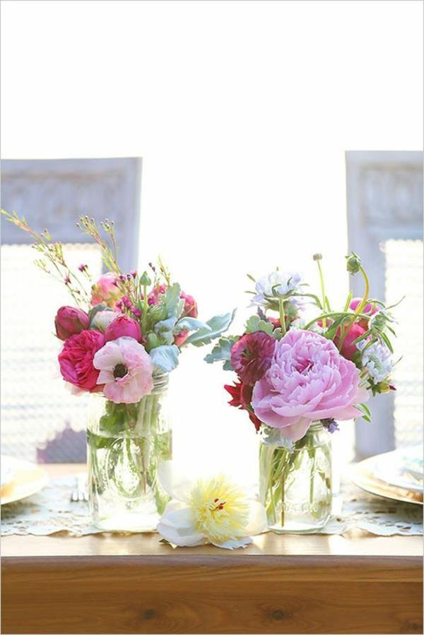 blumendeko selber machen lila kreative ideen ber home. Black Bedroom Furniture Sets. Home Design Ideas