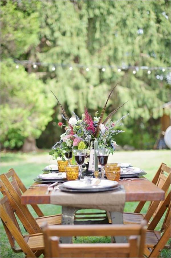 -Hochzeitsdeko-günstig-Hochzeitsdeko-selber-machen-Blumendeko-für-Tisch- Vintage Hochzeit