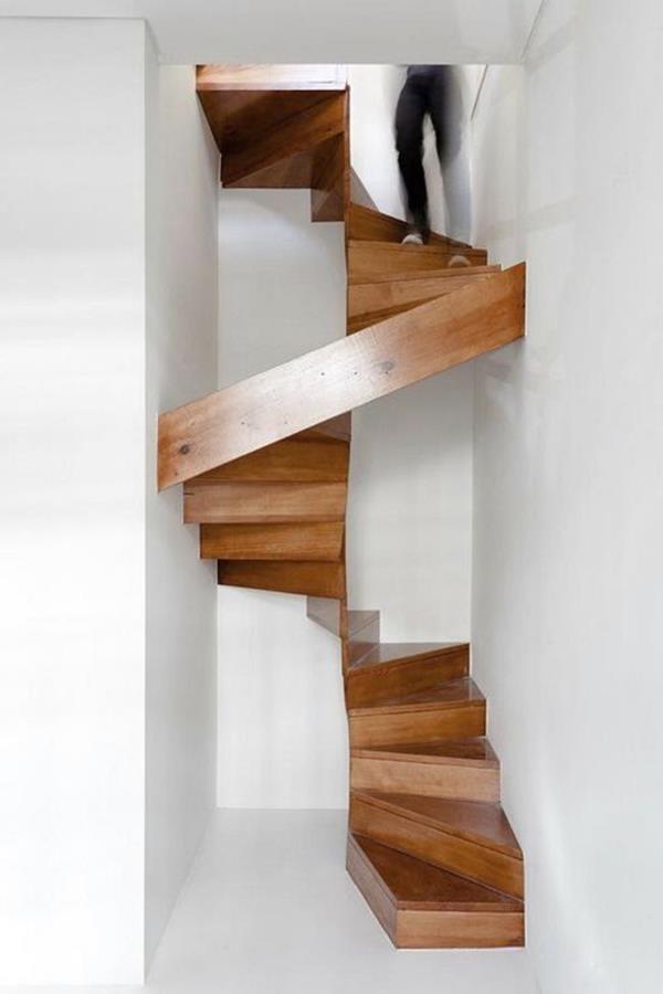 Innentreppe-mit-einem-erstaunlichen-Design