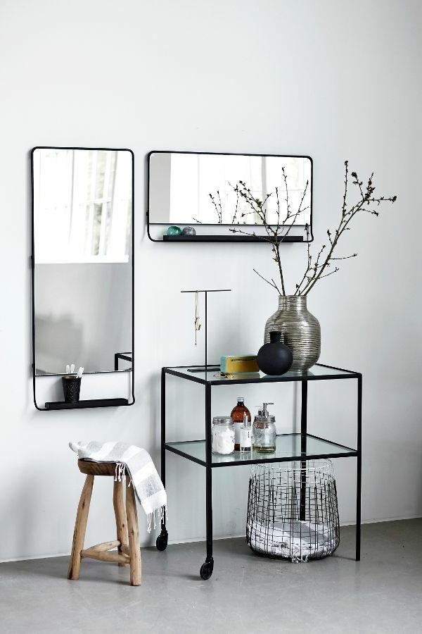 Interior-Design-Ideen-Flurmöbel-aus-Holz-Tisch-auf_Rollen