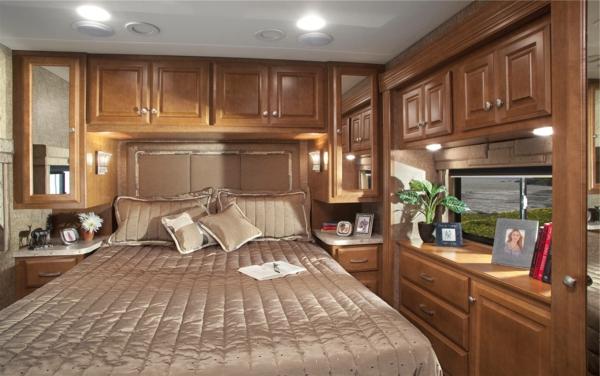Luxury-Diesel-Motorhome-Review-Class-A