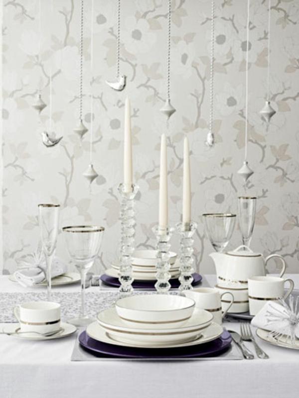 weiße weihnachtsdeko - für den tisch - hängende dekorative vögel