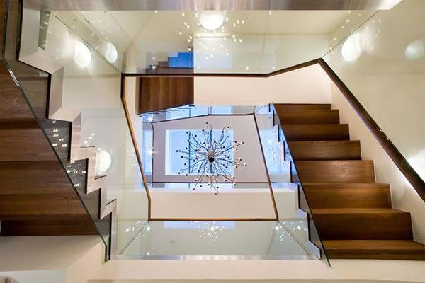 Luxus-Haus-in-London-fantastische-Treppen