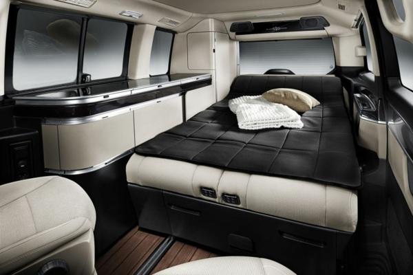 Luxus--Wohnmobile-mit-fantastischem-Interior-