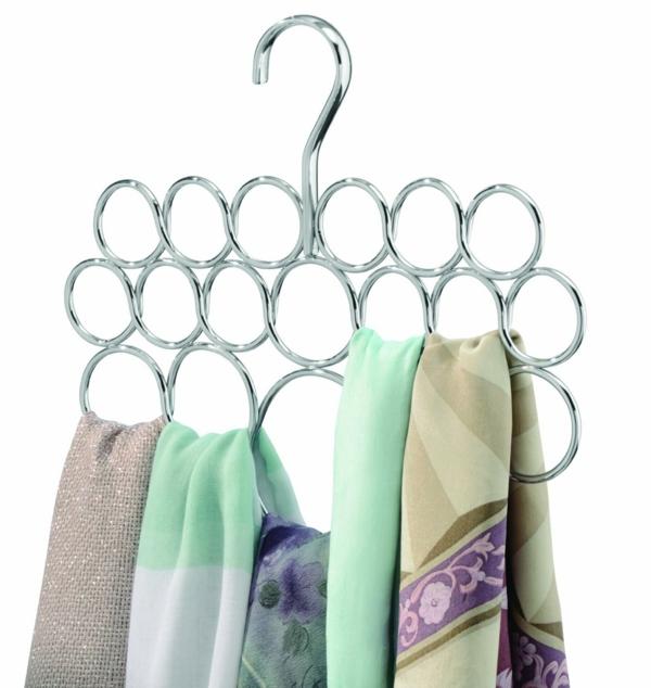 Metallkleiderbügel-für-Schals-praktisches-Design