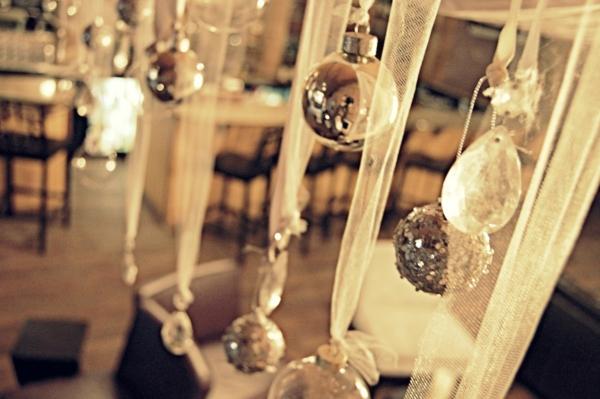 Party-Deko-Silvester-Tischdeko-Silvester-Dekoration-Ideen-