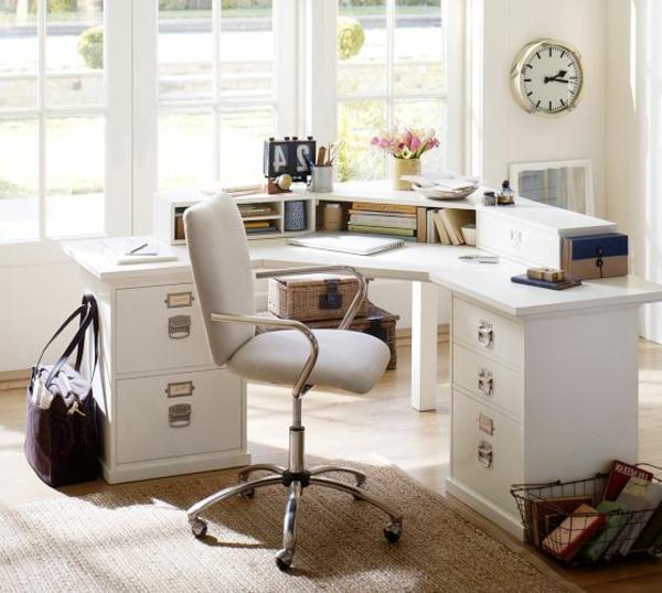 Schreibtisch-für-die-Ecke-aus-Holz-in-Weiß