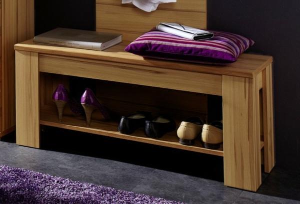 Sitzbank-für-den-Flur-mit-tollem-Design--