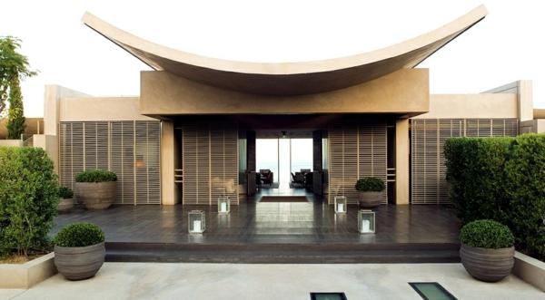 Spa-Hotel-moderne-Architektur-Luxus-Design-Eingang