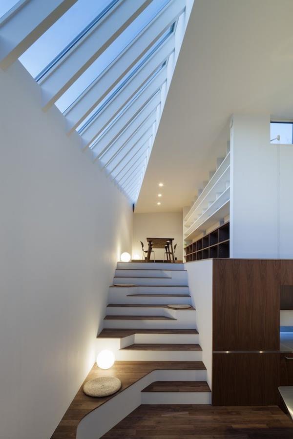 Treppen-mit-außerordentlichem-Design-Interior-Ideen--