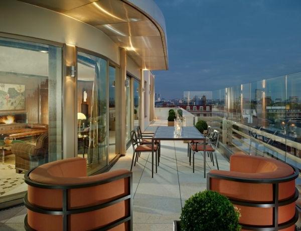 Urban Terrasse Mit Ultra Modernem Design Penthouse Terrasse Erstaunliche  Moderne Terrassengestaltung ...