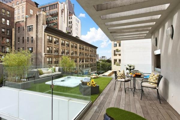 Urban-Terrasse-mit-ultra-modernem-Design-Penthouse-in-NY-moderne Terrassengestaltung