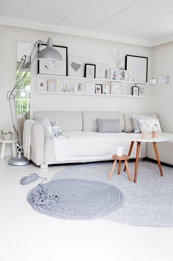 Wandgestaltung Fürs Wohnzimmer In Weiß Mit Grauem Teppich Wandfarbe ...