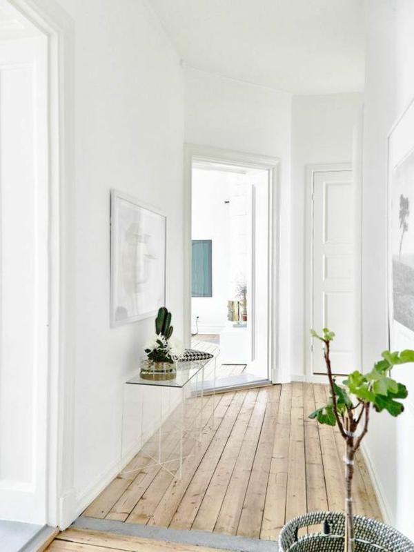 Wohnideen-für-Zuhause-Interior-mit-Holzboden-im-Flur